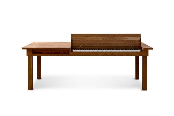 Yemek Masasından Piyano